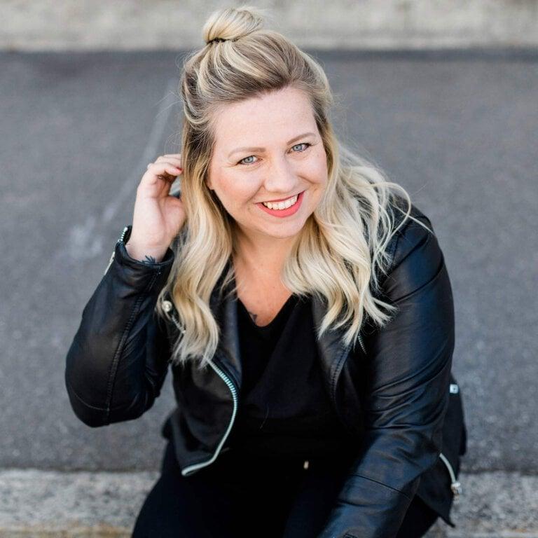 Read more about the article Wie du Klarheit für dein Business findest – mit Isabel Sacher [Podcast #29]